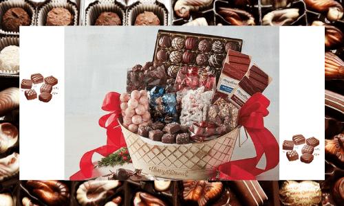 Una canasta de regalo de chocolate